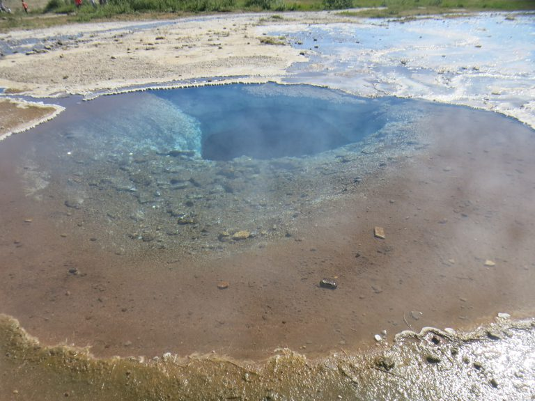 Volcanic pools, Geysir